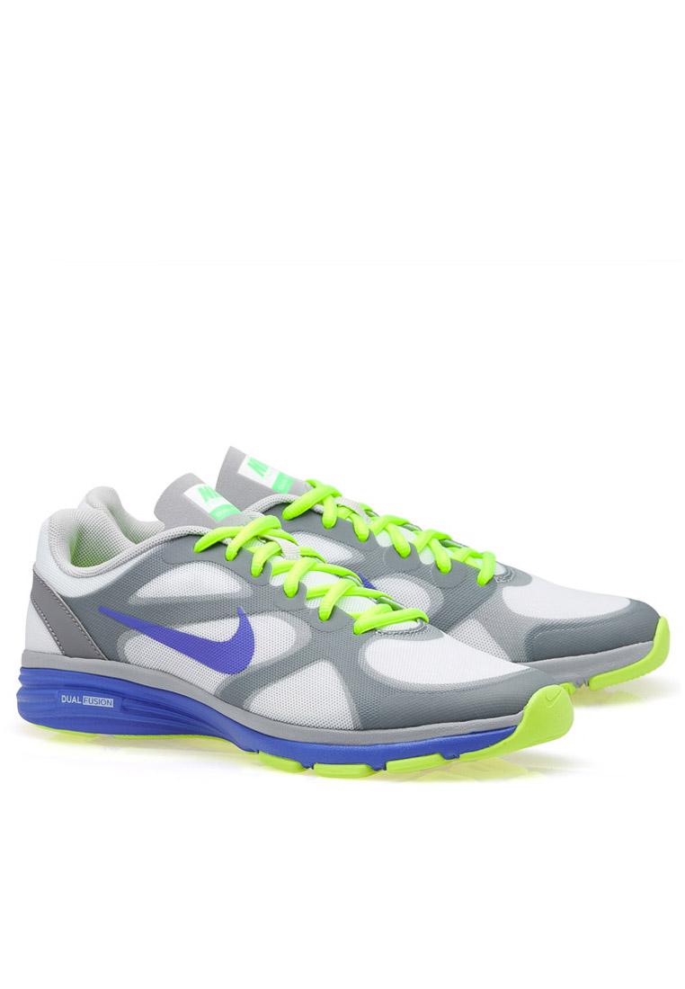 21103d4b75a5b احذية نسائية ماركة نايك 2020 - ساره سوو